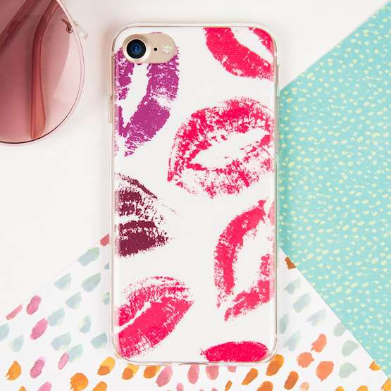 YouSave Accessories iPhone 7 Gel Case - Lips